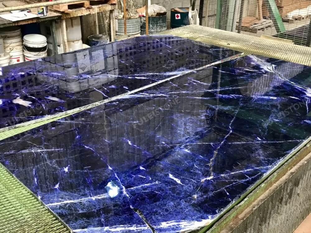 Blue Sodalite Granite Slabs Cutting