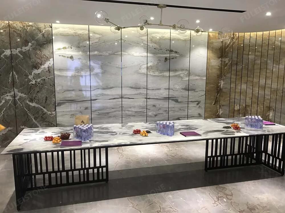 Cipollino Ellas Marble Table