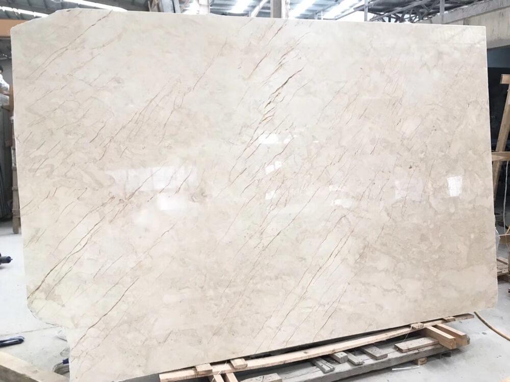 Menes Gold marble