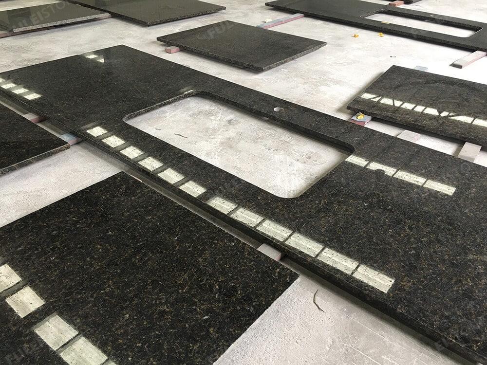 Prefabricate Ubatuba Granite Countertops
