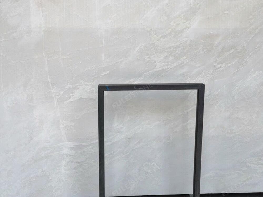 Bianco Rhino Marble Details