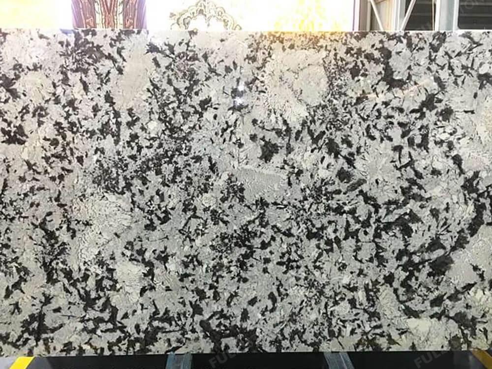 Royal White Granite for Countertop