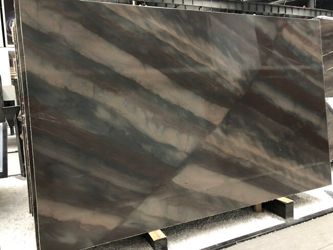 Elegant Brown Quartzite Slabs with Interrupted Veins