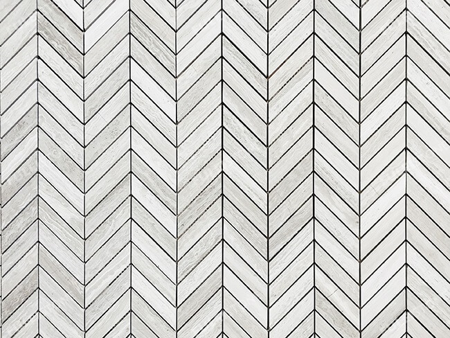 White Wood Marble Herringbone Mosaic Tiles (1)
