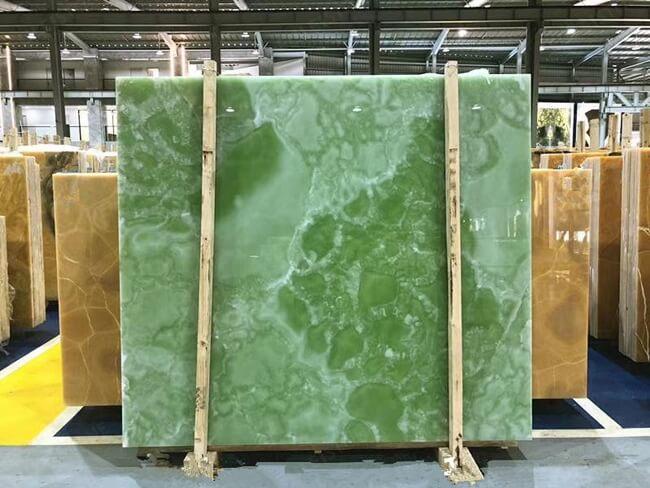 polished green onyx
