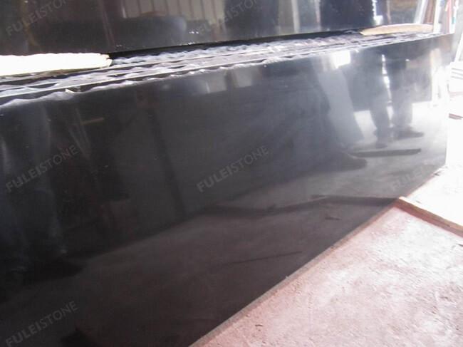 polished mongolia black granite slabs (3)