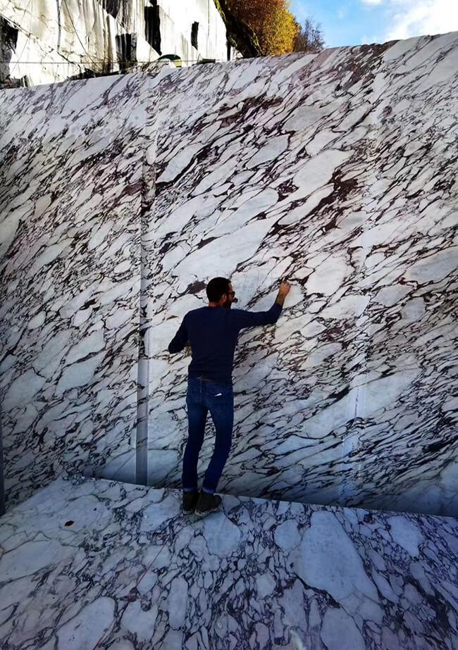 Calacatta Viola Marble Quarry in Italy