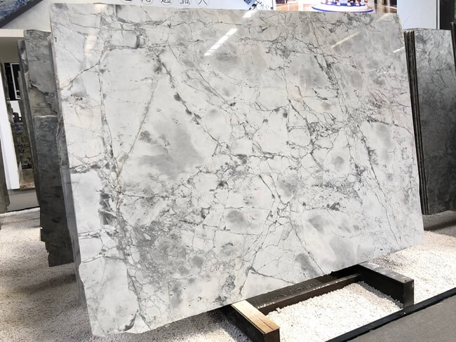 Premium Quality Super Super White Marble Slabs (5)
