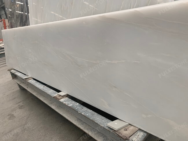 Customized Bianco Rhino Marble Stair Tiles