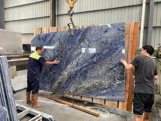 blue bahia on the cutting machine