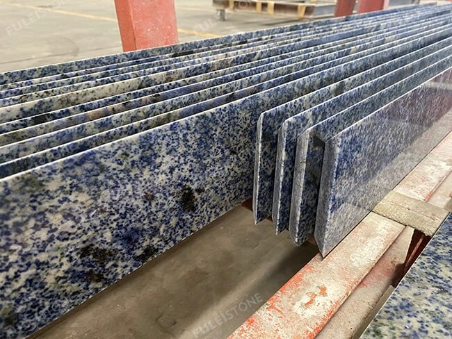 mitred joint cutting of blue bahia granite (1)