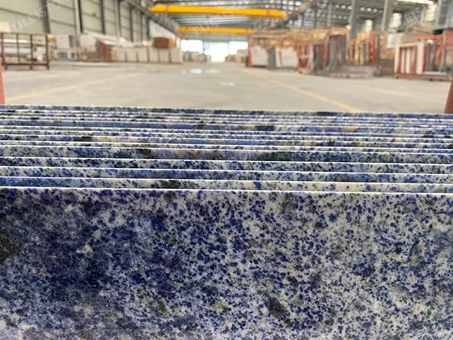 mitred joint cutting of blue bahia granite (3)