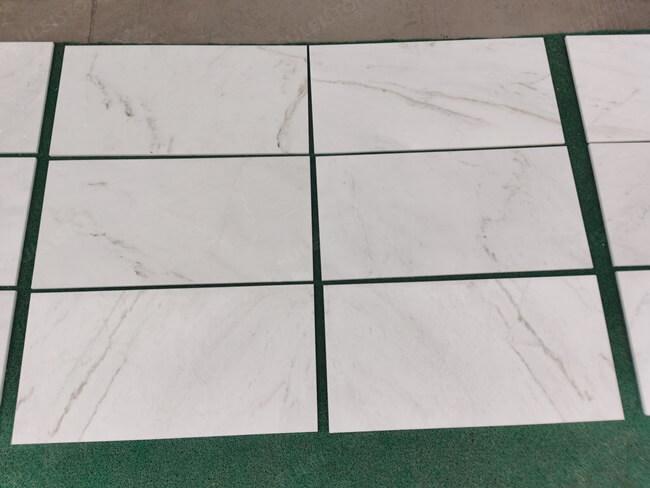 Arabescato Venato Marble Tiles 300x600x10mm (1)