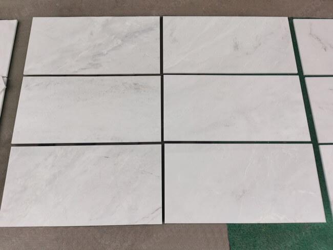 Arabescato Venato Marble Tiles 300x600x10mm (2)