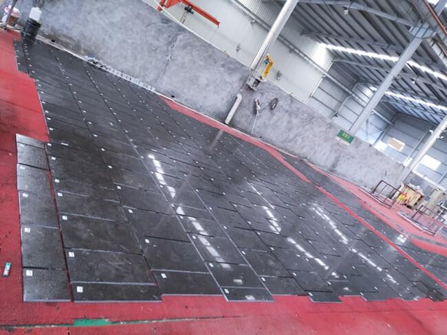 Pietra d` Avola Limestone Sealer Application (1)
